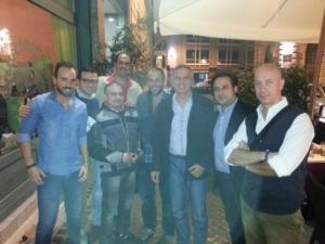 Alcuni rappresentanti del Napoli club Roma azzurra: tra gli altri Vincenzo, Arturo, Luigi, il presidente Gino Di Resta, Luca