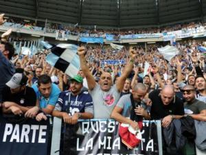 Tifosi partenopei nel settore ospiti dello Juventus Stadium